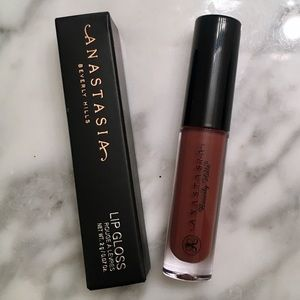 Other - Anastasia Beverly Hills Lip gloss in Fudge